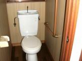 トイレ手摺設置後
